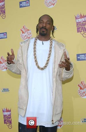 Snoop Gets Mtv Awards Gig