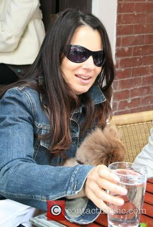 Fran Drescher and her dog Esther having lunch al fresco on the west side of Manhattan New York City, USA...