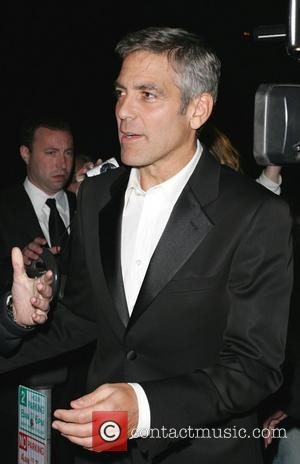 Clooney Laughs Off Cruise Wedding Reports