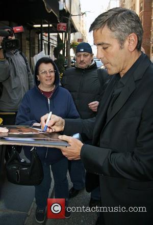Clooney's Bid To End Writer's Strike
