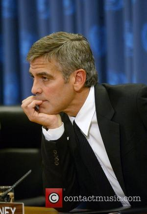 Clooney Tops Hot Bachelors List