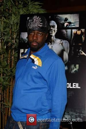 Wyclef Leads Striking Casino Workers