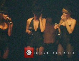 Cole Bashes Winehouse's Performance