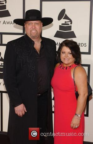 Montgomery Gentry Cancel Chicago Concert Due To Building Issues