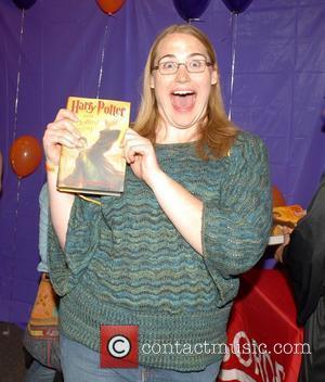 Rowling Backs Potter Fan Fiction