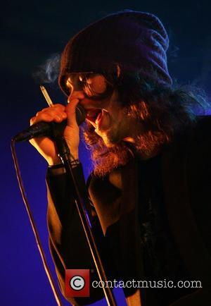 Valo Remains Single While Writing Songs