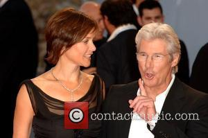 Gere Bares His Own Butt