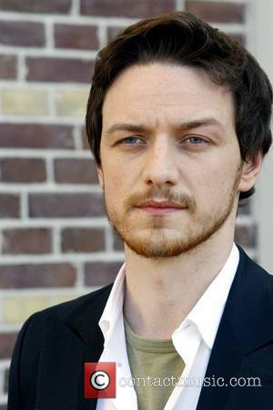 Mcavoy Supports Knightley's Anorexia Battle