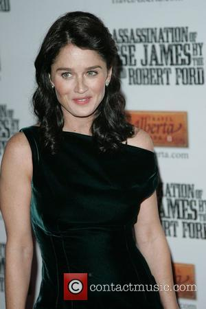 Jesse James, Robin Tunney, Ziegfeld Theatre