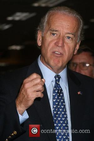 Senator Joe Biden signs copies of his new book 'Promises To Keep' at Borders Las Vegas, Nevada - 23.08.07