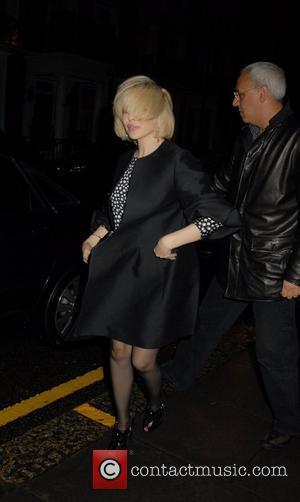 Kylie Confirms Comeback Single