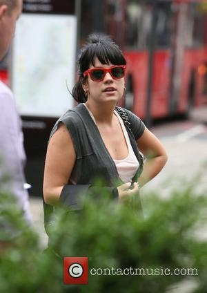 Lily Allen Quizzed Over Nightclub Assault