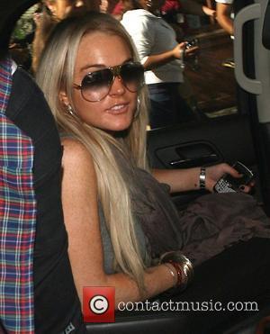 Macy Criticises Lohan's Slack Behaviour