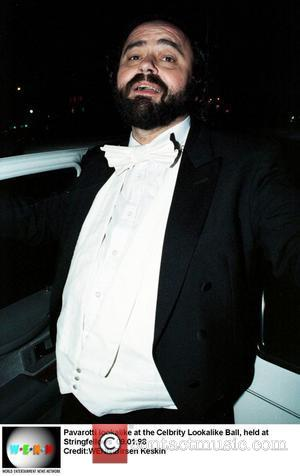 Pavarotti's 40-City Farewell Tour