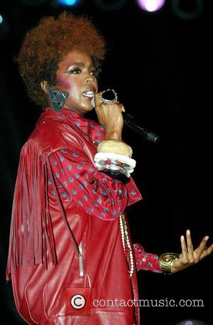 Lauryn Hill Album Deal In Jeopardy?