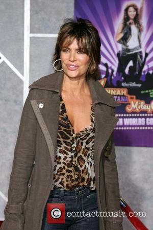 Lisa Rinna Film premiere Walt Disney Pictures 'Hannah Montana and Miley Cyrus: Best Of Both Worlds Concert 3D' held at...