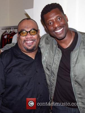 Eamonn Walker from the HBO series OZ visits Stew from the new Broadway musical Passing Strange at the Belasco Theatre....