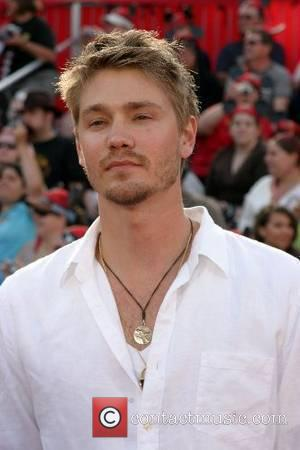 Chad Michael Murray Abandoned By Mother