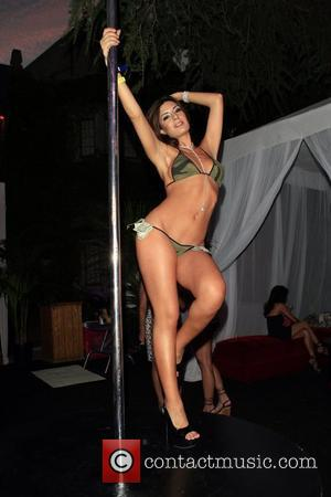Playboy Model Cast In Anna Nicole Smith Film