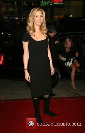 Lisa Kudrow  Premiere of 'P.S. I Love You' held at the Grauman's Chinese Theatre  Hollywood, California - 09.12.07