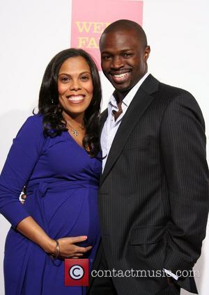 Sean Patrick Thomas Engaged