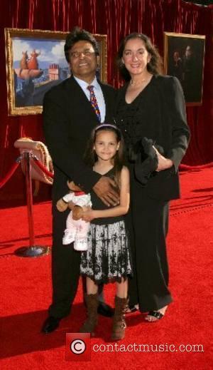 Estrada To Be Honoured On Walk Of Fame