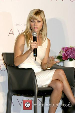 Witherspoon Desperate To Work With Winslet