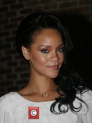 Rihanna Up For Three Mtv Awards