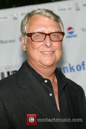 Roberts Blast Helps Director Praise Giamatti