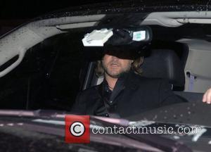 Russell Crowe To Play Stooge Moe