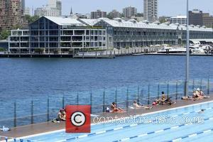 Russell Crowe's waterfront apartment in Sydney Harbour. The Finger Wharf at Woolloomooloo Bay houses upmarket restaurants and celebrity residences Sydney,...