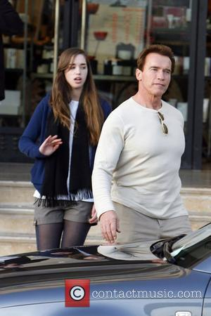 Stars Join Injured Schwarzenegger For Inauguration Parties