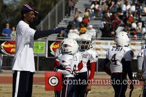 Snoop Dogg and Athletes Snoop Bowl VI at Hamilton High School Chandler, Arizona 02.02.08