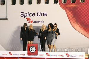 Spice Girls Mimed In First Reunion Gig