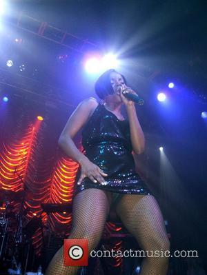 Sugababes: 'Blunt Resembles A Horse'