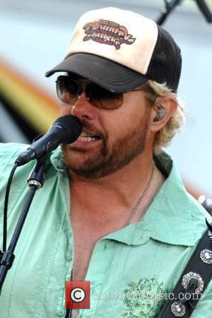 Toby Keith And Willie Nelson Duet Tops Charts