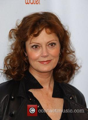 Sarandon Vows To Emigrate If Mccain Wins Election