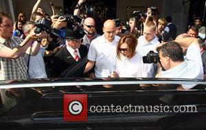 Victoria Beckham is surrounded by paparazzi as she leaves Scott's Restaurant. London, England - 13.05.08