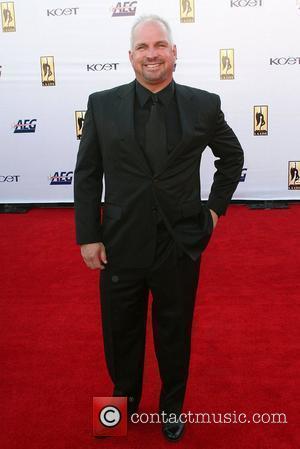 Garth Brooks The '2008 KCET Visionary Award Gala' - Arrivals  Los Angeles, California - 27.05.08
