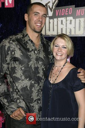 Melissa Joan Hart and husband Mark Wilkerson MTV Video Music Awards - Arrivals at the Palms Hotel and Casino Las...