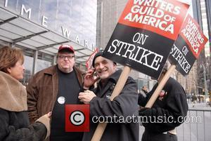 Moore Defends Sicko's Worldwide Appeal