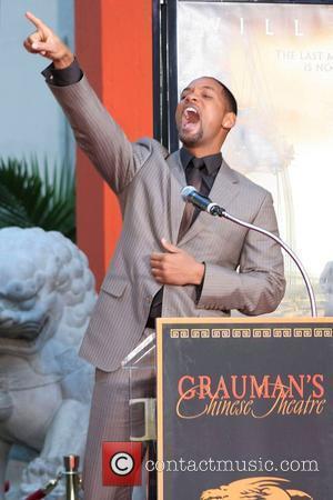 Smith Turns Down Cruise's Scientology Bid