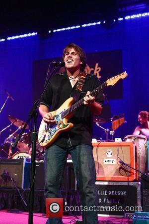 Nelson Plays Pro-marijuana Concert