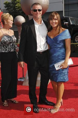 Favre Faces Nfl Bosses Over 'Sexting' Scandal