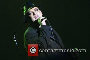 Boy George Storms Out Of Interview