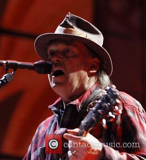 Neil Young Confirmed As Isle Of Wight Headliner