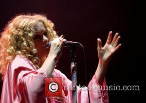 Goldfrapp To Pen Score For Helen Mccrory's Turn As Medea