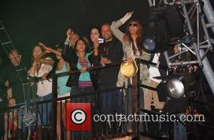 Beyonce, Amy Winehouse and Jack White watching Jay Z performing Day 2 of the Glastonbury festival Glastonbury, England - 28.06.08