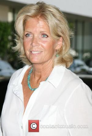 Meredith Baxter Opens Up About Abuse In New Memoir