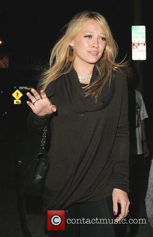 Hilary Duff leaving Il Sole wearing a ring on her wedding finger Los Angeles, California - 15.08.08